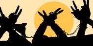 عشرات الأسرى يستعدون لخوض إضراب مفتوح عن الطعام