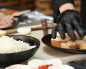المشاركة من المجتمع لإنجاح المطعم النسائي في غزة